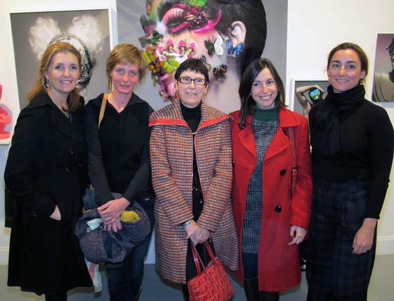 Paz Nosti (directora) y Ute Hartmann, de Galería Nuevoarte; Isabel Ignacio y Laura Acosta, de Galería Isabel Ignacio, y la escultora Pilar Sáenz Sánchez-Dalp.  Foto: Victoria Ramírez