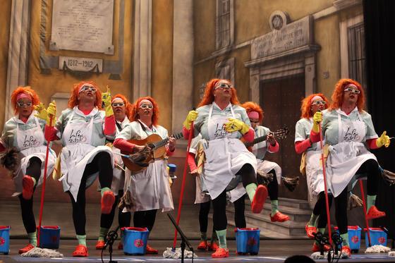Chirigota Viva la Pepi  Foto: Jesus Marin