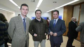 El gerente del Diario, Miguel Berraquero; Juan Alfonso Romero, de MYT Consultores, y Javier López, de Lam Publicidad.  Foto: PASCUAL