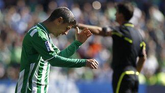 El Granada aprovecha el empuje del nuevo entrenador para vencer al Betis, que realizó una mala primera parte.  Foto: Antonio Pizarro