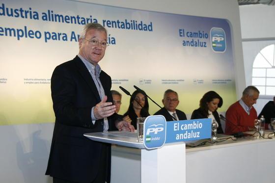 Las imágenes de Javier Arenas