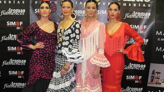 Las modelos de Doble Erre Isabel Jiménez, Mercedes Muñoz, Marina Serrano y Ángela Cristina Cañas, maquilladas por Aromas  Foto: Victoria Ramírez