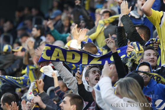 El derbi finalizó con un empate que no convenció ni a amarillos ni a balonos.  Foto: Jose Braza