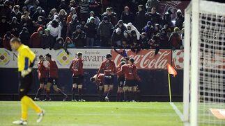 El Barcelona se deja sorprender por el Osasuna en el Reyno de Navarra (3-2). / EFE