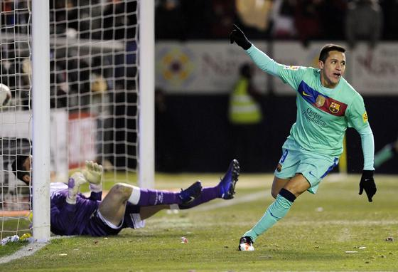 El Barcelona se deja sorprender por el Osasuna en el Reyno de Navarra (3-2). / Reuters