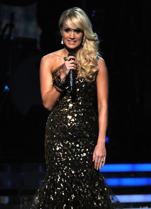 La cantante Carrie Underwood durante su actuación en la gala. / AFP