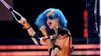 La cantante Katy Perry durante su actuación. / AFP