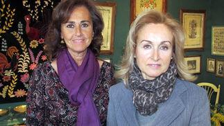Carmen Tello y Marta Talegón en el puesto 'Las Canasteras'  Foto: Victoria Ramírez