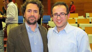 Jesús Ollero, responsable de la edición digital de Diario de Sevilla, y Luis Rull, coorganizador de EBE.  Foto: Victoria Ramírez