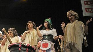 Chirigota 'Menea, menea que Matilde se cabrea'./Erasmo Fenoy  Foto: Erasmo  Fenoy