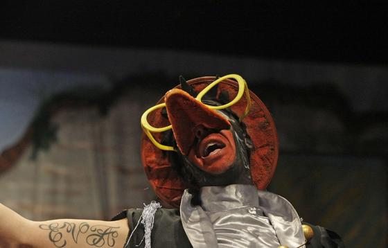 Comparsa 'La banda de los girasoles'./Erasmo Fenoy  Foto: Erasmo  Fenoy