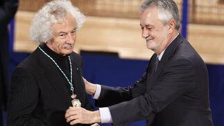 El Brujo, Medalla de Andalucía.  Foto: Antonio Pizarro