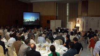 Vista de la sala donde se celebró el Foro Joly Andalucía, que contó con 300 asistentes.  Foto: Javier Albiñana y Miguel Fernández