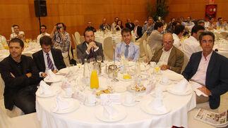 Juan Gavilanes, Gerardo Romero, Alejandro García, Álvaro Simón, Ernesto Pérez-Bryan, Salvador Cortés.  Foto: Javier Albiñana y Miguel Fernández