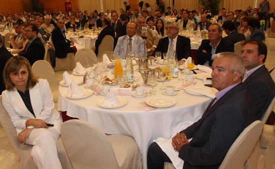 Carla Bovio, Antonio Serrano, José M. Cabra de Luna, Juan Carlos Cruces, Rafael Fuentes y Francisco Gutiérrez.  Foto: Javier Albiñana y Miguel Fernández