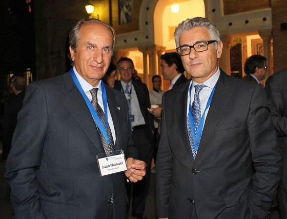 Juan Manuel González Serna, presidente de Grupo Siro, y José María Bonmatí, director general de Aecoc.  Foto: Victoria Ramírez