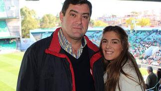 Ignacio Candau y su hija Lola.  Foto: Victoria Ramírez