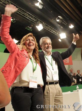 Susana Díaz con José Antonio Griñán.  Foto: L. Rivas