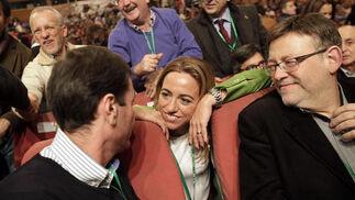 Tomás Gómez y Carme Chacón, charlando.  Foto: L. Rivas