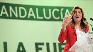 Discurso de clausura de Susana Díaz.  Foto: L. Rivas