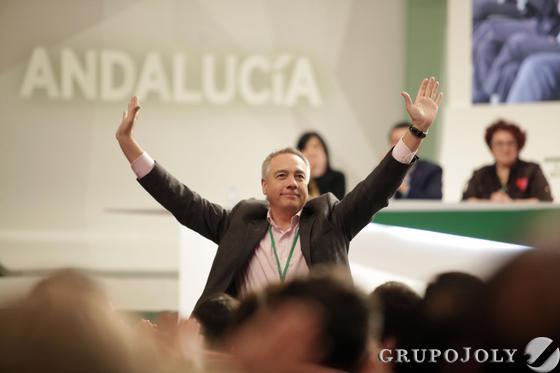 Pere Navarro, en el congreso.  Foto: L. Rivas