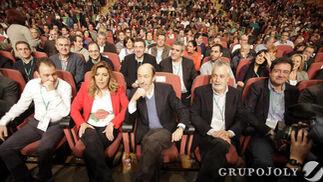 Díaz, Rubalcaba, Griñán y Óscar López, en primera línea.  Foto: L. Rivas