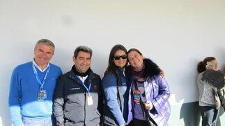 El periodista Fernando García , el director del Circuito de Jerez Juan Baquero, Elvia Mesqui y la artista  Sara Baras.  Foto: Ignacio Casas de Cirio