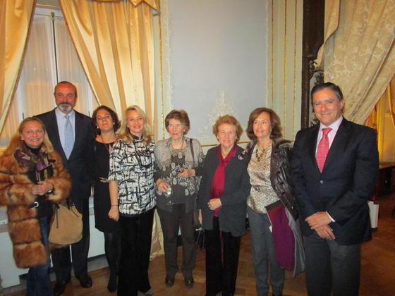 Felicidad Rodríguez, José Ramón Fernández de Mesa, Marta Dodero, Almudena de Arteaga, Mica Valdés, Ana María Bohórquez, Almudena de Alcázar y Manuel Estrella.