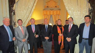 Miguel Nuche, Fernando Caballero, Javier de Torres, Jesús Núñez, Lola Palomino, Vicente Ortells y José Manuel Llera.