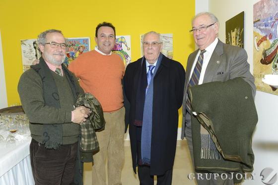 El arquitecto José María Esteban, el marianista Ignacio Sánchez Galán, y los letrados Julio Ramos y José Manuel Suárez Villar. / Joaquín Hernández 'Kiki'