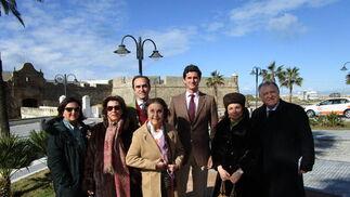 Carmen Flores, Candelaria de Alvear, Eduardo Valdenebro, Asunción de Alvear, Jose María Valdenebro, María Antonia Fernández-Daza y Blas Fernández.