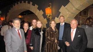 José Antonio Corbacho, María Luisa Oliva, Manuela Mena, Margarita Gómez del Valle, Maribel Limón, Julio Sañudo y Emilio Corbacho.