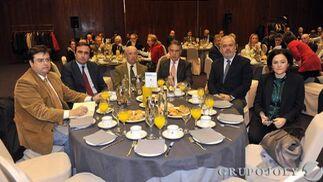 Jorge Muñoz, Francisco Pumar López, Manuel del Valle, Antonio Ojeda, Manuel López Falcón y Ana García.  Foto: Belén Vargas/Juan Carlos Vázquez