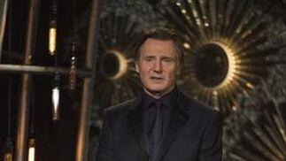 El actor Liam Neeson presenta a dos de las películas nominadas a Mejor Película: 'El Gran Hotel de Budapest' y 'El Francotirador'.  Foto: EFE