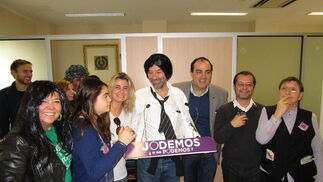 Encarna Díaz, Sara Fernández, Inma Malvido, Fernando Santiago, David Fernández, Juan Manuel Marqués y Paqui Cea, en la Asociación de la Prensa.
