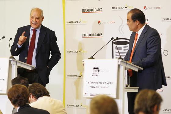 Ramos contestó a las preguntas planteadas por el público asistente.  Foto: Joaquín Pino
