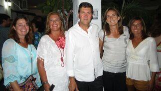 Lola Liaño, Lola Palomino, José Manuel Vera, Lourdes Neira y Rocío Rubio.  Foto: Ignacio Casas de Ciria
