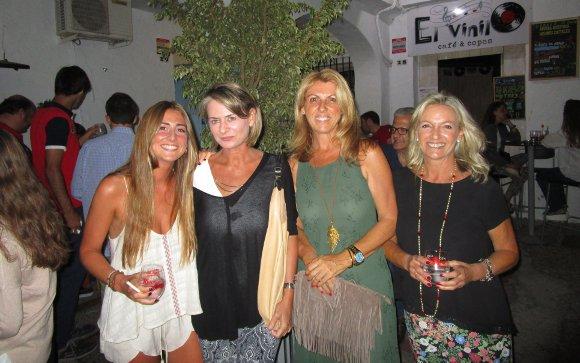 María Macpherson, María López Varela, Montse Gutiérrez-Trueba y Mercedes González de la Chica.  Foto: Ignacio Casas de Ciria