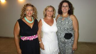 Las hermanas Beatriz, Chari y María del Carmen Verdugo.  Foto: Ignacio Casas de Ciria