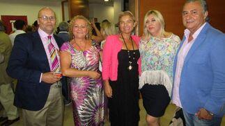 Vicente Porra, Rosalía López, Bea Vallejo, Rosa Prieto y Paco Soto.  Foto: Ignacio Casas de Ciria