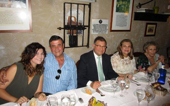 Casilda y Javier Pantoja, el homenajeado Servando Pantoja, Rosi Ferrari y Ana Álvarez Biedman.  Foto: Ignacio Casas de Ciria