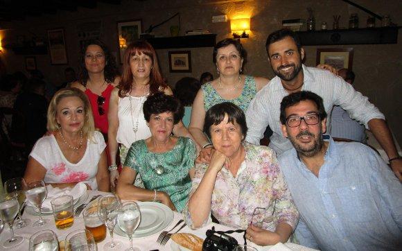 Cristina Pérez, Charo Jiménez, José Antonio Blanca, Teresa Pérez, María Luisa González, María José López, Juan de la Fuente y Rafael Portela.  Foto: Ignacio Casas de Ciria