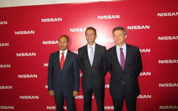 Marco Toro, Antonio Jesús  Gil y Carlos de la Torre, tras la inauguración.  Foto: Ignacio Casas de Ciria