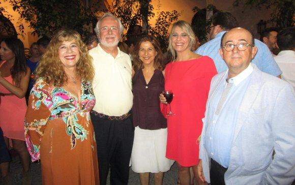 Tere Torres, Enrique Montiel, Ana Romero, Paz Santana y Rafael Román.  Foto: Ignacio Casas de Ciria