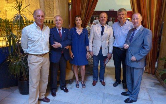 Juan Caamaño, Jaime Rocha, Marifé de la Paz, Julia Álvarez de Toledo, Manues Bustos y Antonio de Martín.  Foto: Ignacio Casas de Ciria