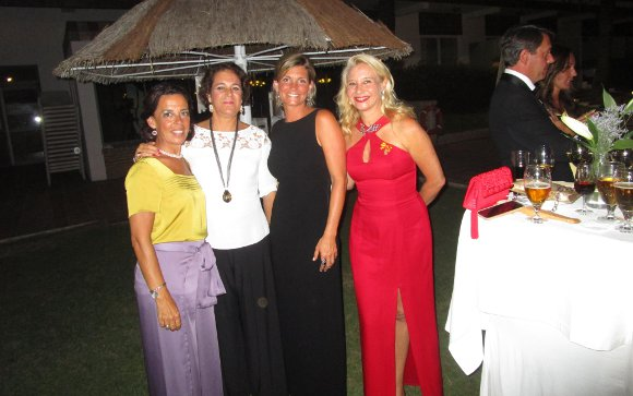 Rocío Ortega, Marta Dodero, Cristina Santos y Almudena de Arteaga.  Foto: Ignacio Casas de Ciria