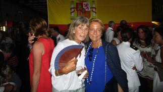 Caroline de Clerck con María García Lineses.  Foto: Ignacio Casas de Ciria