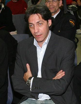2008: Lendínez, otro edil prófugo  También estuvo durante casi cinco años fugado en paradero desconocido el ex concejal Javier Lendínez -condenado a cuatro años de cárcel finalmente-, que hizo su carrera a la sombra de Muñoz, y el empresario José Manuel Carlos Llorca.