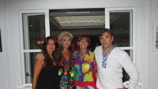 Yolanda Casas, Simona Gandolifi, Lourdes Herrera y Hubertus de Hohenlohe, durante el festejo.  Foto: Ignacio Casas de Ciria