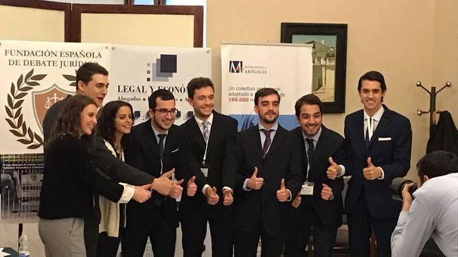 Alumnos de la UMA, subcampeones nacionales de debate universitario en el Torneo Pasarela Judicial Córdoba